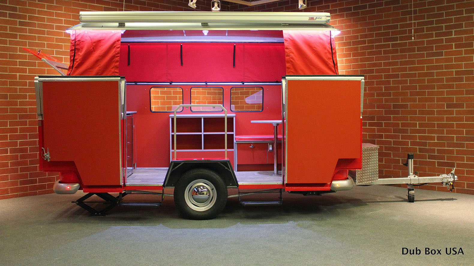 Adorable Lightweight Dub Box Camper Combines Vw