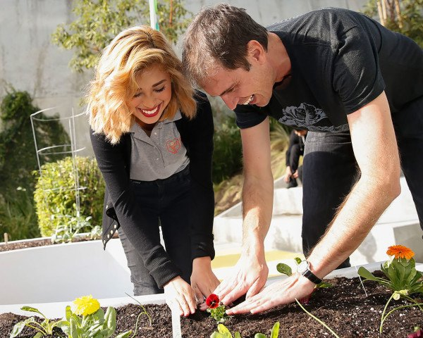 Elon Musk, Elon Musk's brother, Kimbal Musk, The Kitchen Community, The Kitchen, The Kitchen next door, The Kitchen Boulder, The Kitchen upstairs, 100 Learning Gardens in 100 Cities, revolution in sustainable food, saving the world with organic food, Kimbal Musk sustainable food, Kimbal Musk organic food lobby