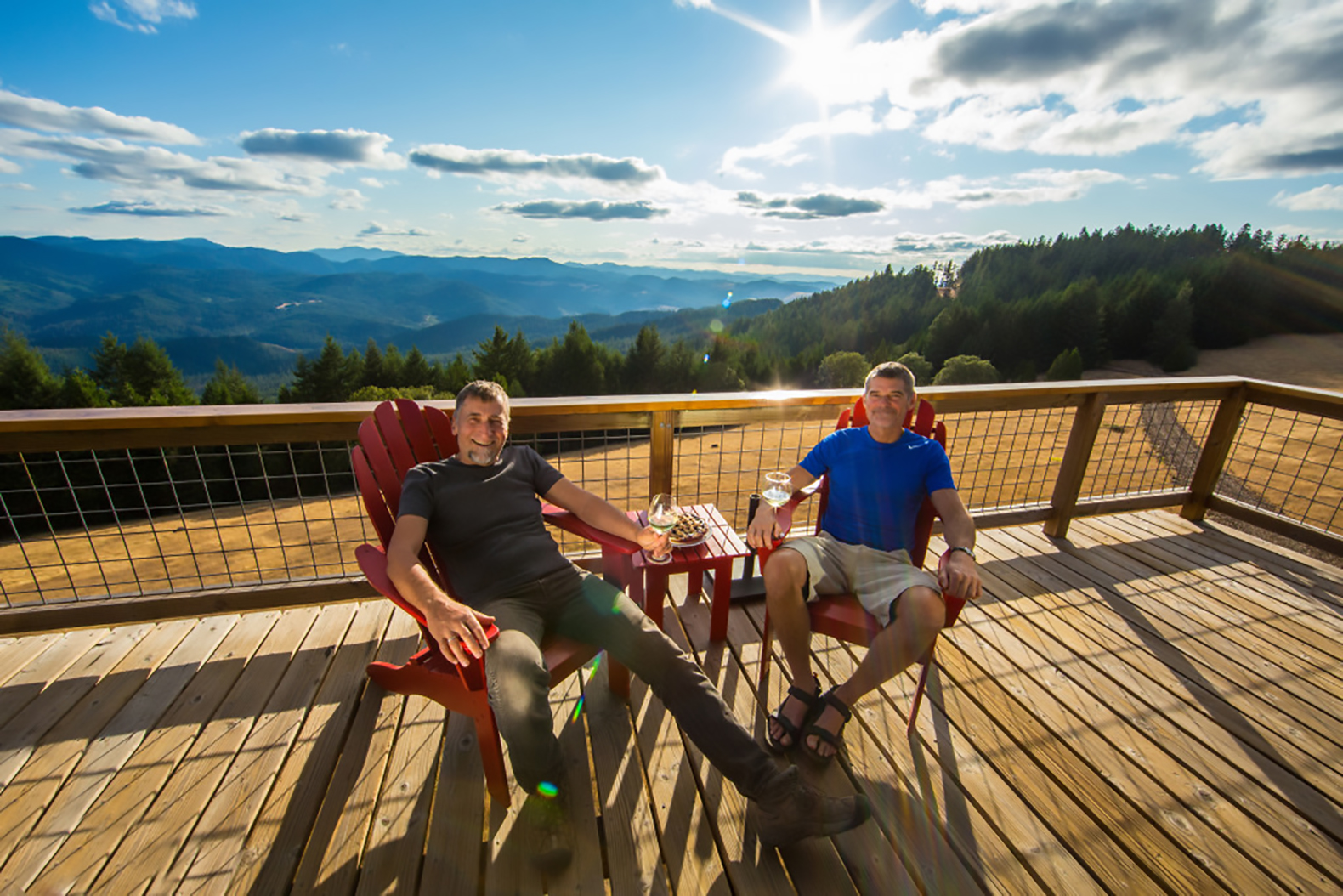Couple turns a 40-foot-tall fire lookout into a spectacular off ...