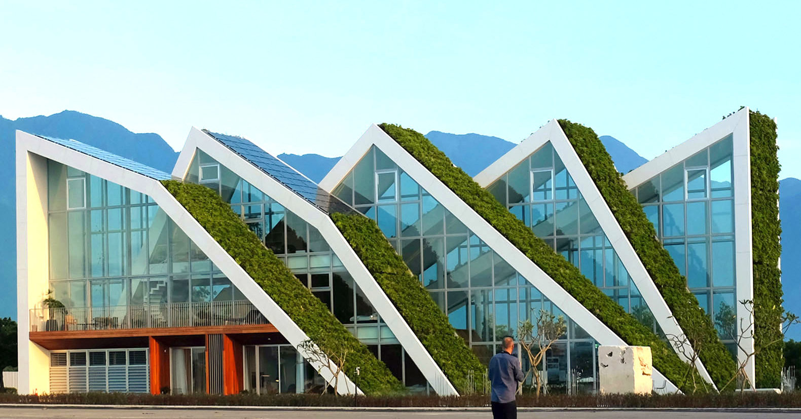 BIG Completes Solar Powered Holiday House In Taiwan With A Jagged Green Roof