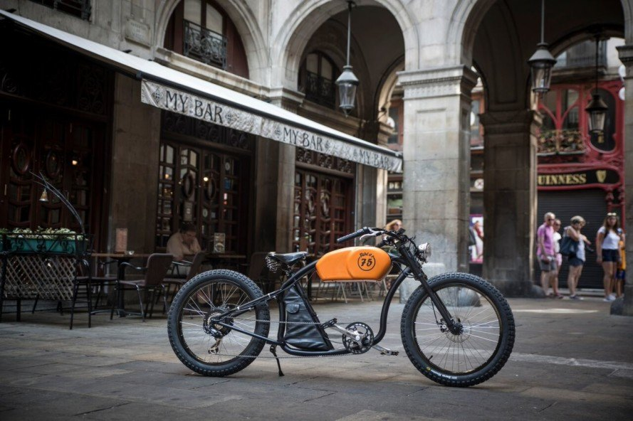 otocycles, ebikes, e-bikes, electric bikes, bikes with motors, barcelona bike company, barcelona design, eco-friendly bikes, recycled bikes, racer bike, cafe racer, art bike, modern bikes