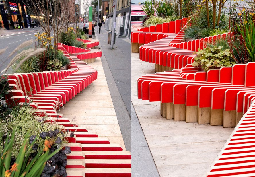 ParkedBench, ParkedBench by WMBstudio, WMBstudio, parklet, London parklets, Team London Bridge, Fresh Air Squares, micro-park, sculptural bench, sculptural seating, London, public space, urban intervention, temporary park, air quality monitor, scaffolding boards