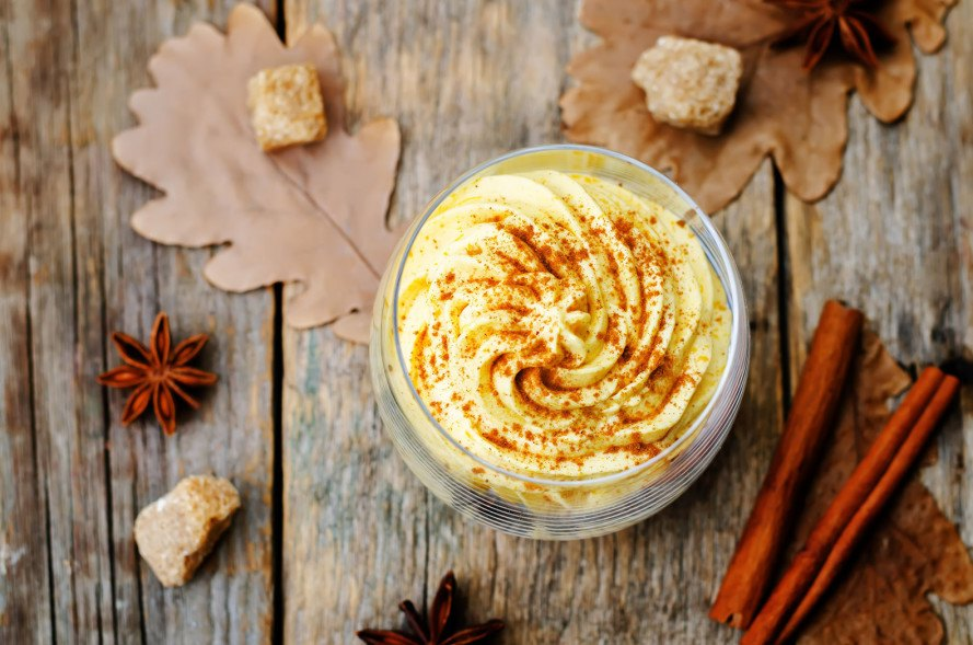 vegan pumpkin pie mousse, pumpkin pie mousse recipe, vegan desserts, gluten-free desserts, desserts without refined-sugar, sugar-free desserts, vegan holiday desserts, healthy desserts, paleo desserts, vegetarian desserts, naturally sweetened desserts, naturally-sweetened desserts