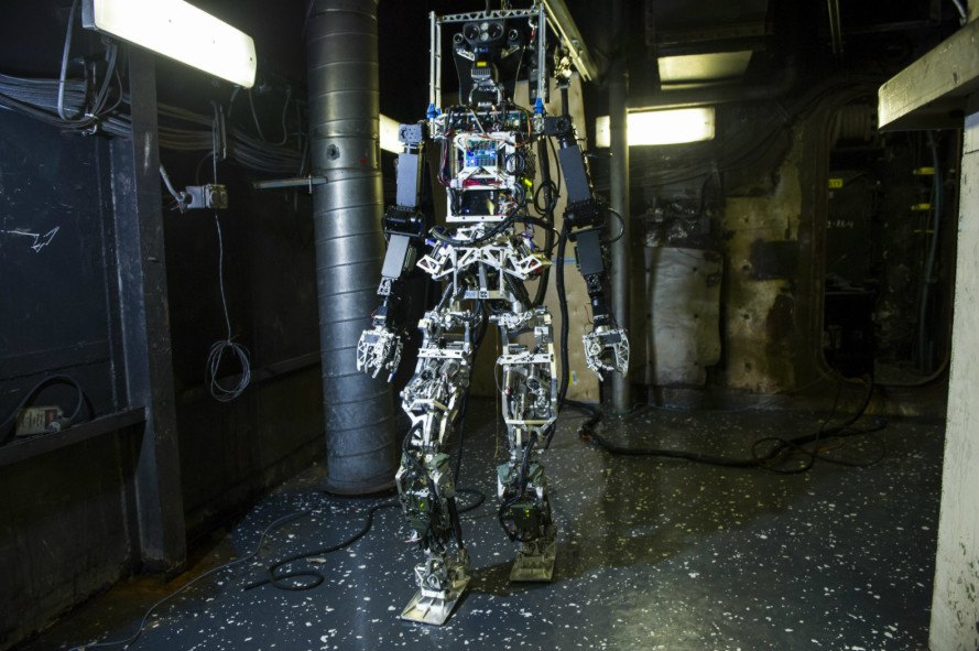 firefighting robot, us navy robots, robots, firefighting technology