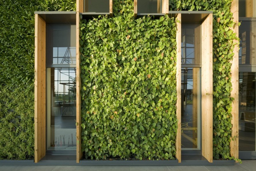 RAU architects, Alliander in Duiven, Alliander in Duiven by RAU Architects, BREEAM-NL, green renovation, vertical gardens, BREEAM, green wall, natural light, energy plus architecture, reader submitted content
