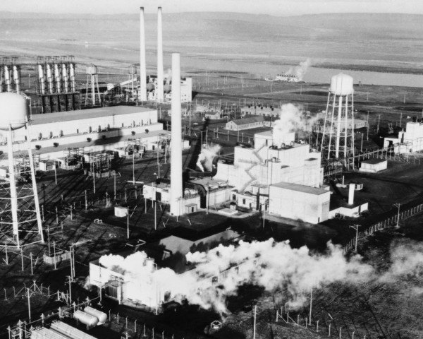 hanford nuclear reservation, hanford nuclear, b reactor, manhattan project, atomic bomb site, polluted nuclear weapons site, washington state