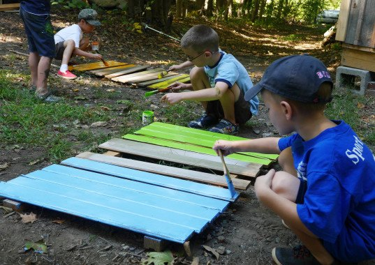 8 Year Old Cub Scouts Build Their Own Tiny House Studio To Raise Funds Cub Cabin Deek