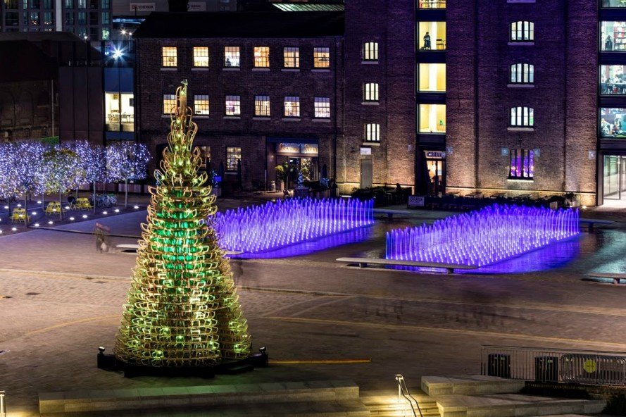 Hello Wood, christmas trees, christmas tree design, wood xmas trees, unique christmas tree designs, sustainable christmas trees, Granary Square at King's Cross, Creatmosphere, eco-friendly christmas trees, sustainable christmas trees, green design, sustainable design