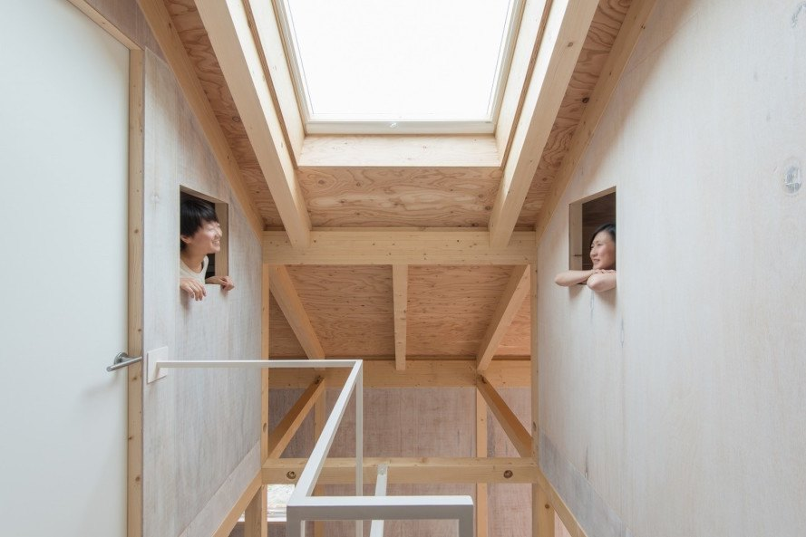 Yoshichika Takagi, House in Shinkawa, House in Shinkawa by Yoshichika Takagi, greenhouse, house within a house, minimalist house, timber house, house-shaped bedrooms, timber framed home,