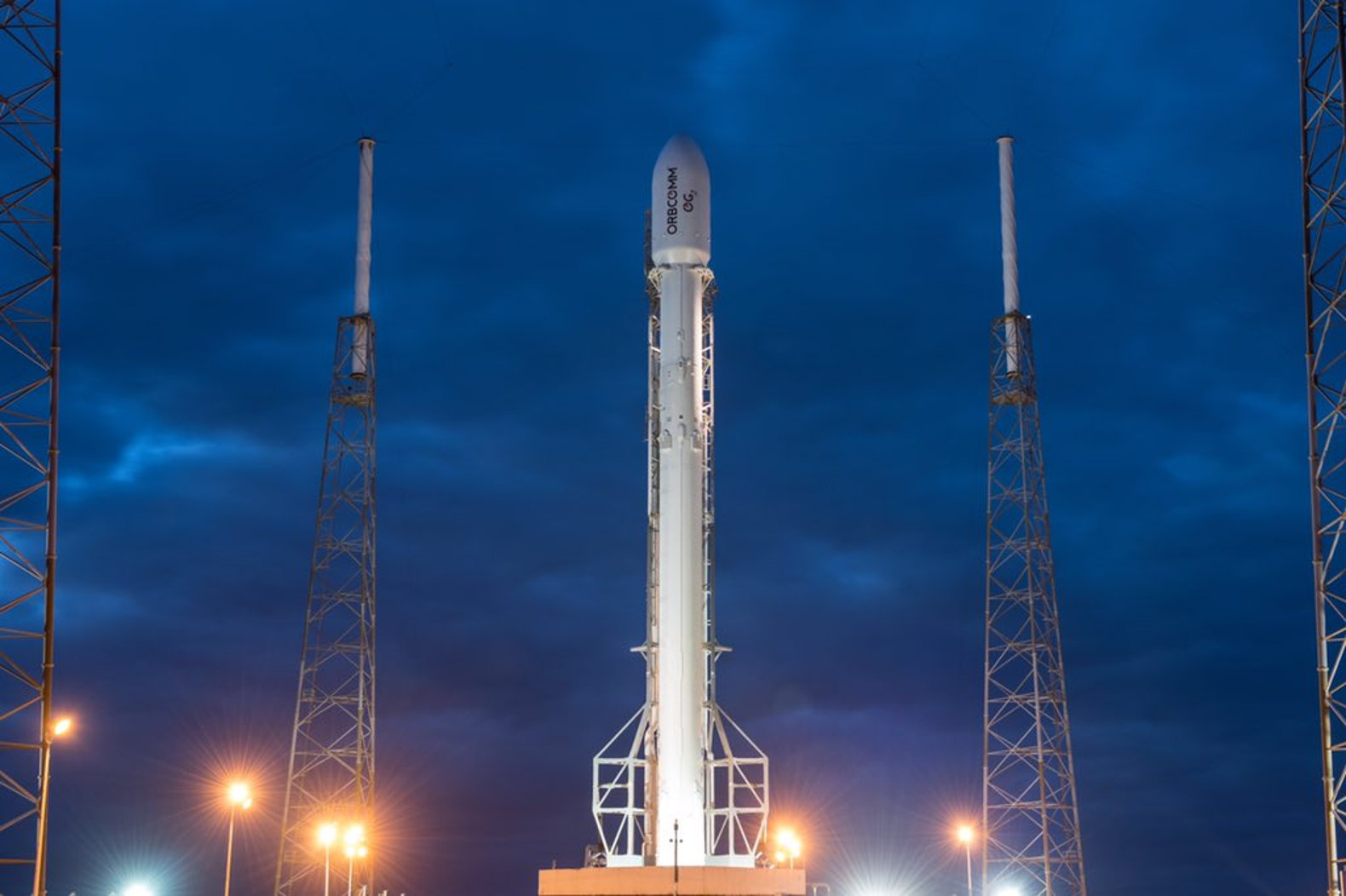 last night spacex successfully launched and landed its falcon 9 rocket at cape canaveral florida this was the first rocket launch for spacex since the