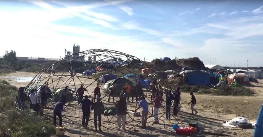 Calais refugee camp, Calais Jungle, Good Chance Theatre, geodesic dome, social design, social responsibility, ghetto, cultural venues, migrants, migrant camp, France, communal spaces