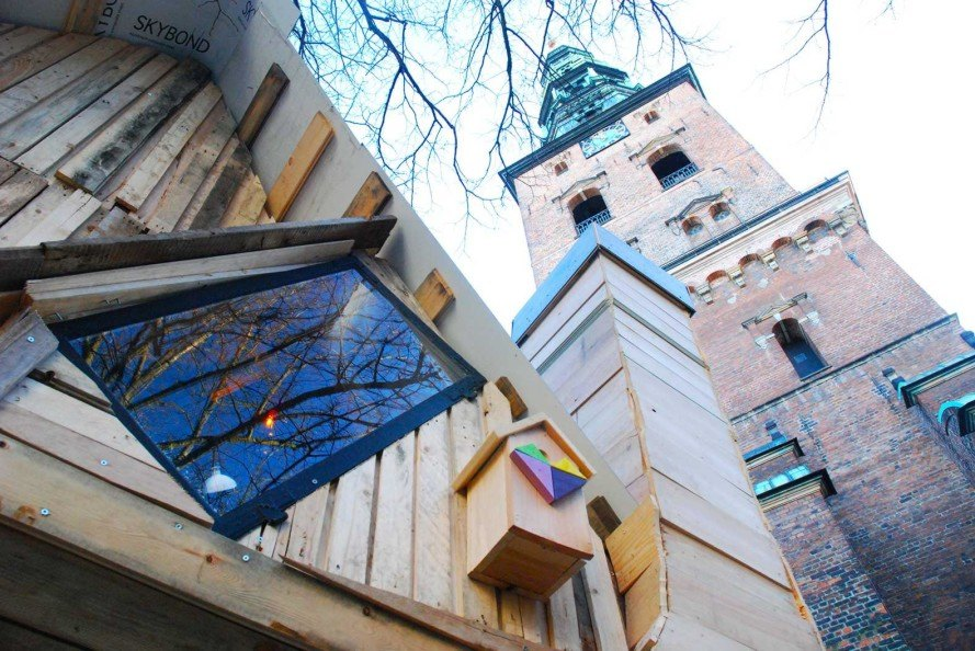 Thomas Dambo, recycled pallets shelter, Remake Christmas, Nikolaj Square, DIY Christmas, recycled materials, Copenhagen