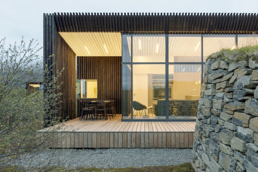 green roof, green architecture, vacation cottage, cottage, PK Arkitektar, geothermal energy, Iceland, underground architecture, concrete, low maintenance