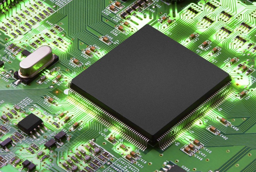 Scientists invent the world's first microchip powered by