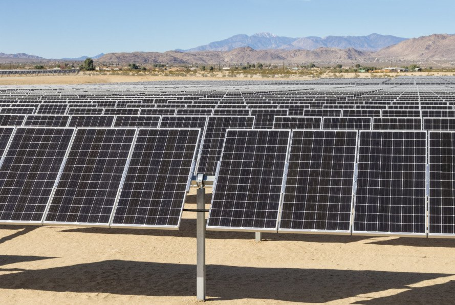 california, governor jerry brown, rooftop solar, solar power, solar power generation, large scale solar farms, utility companies, utility fees on solar installations, solar power industry