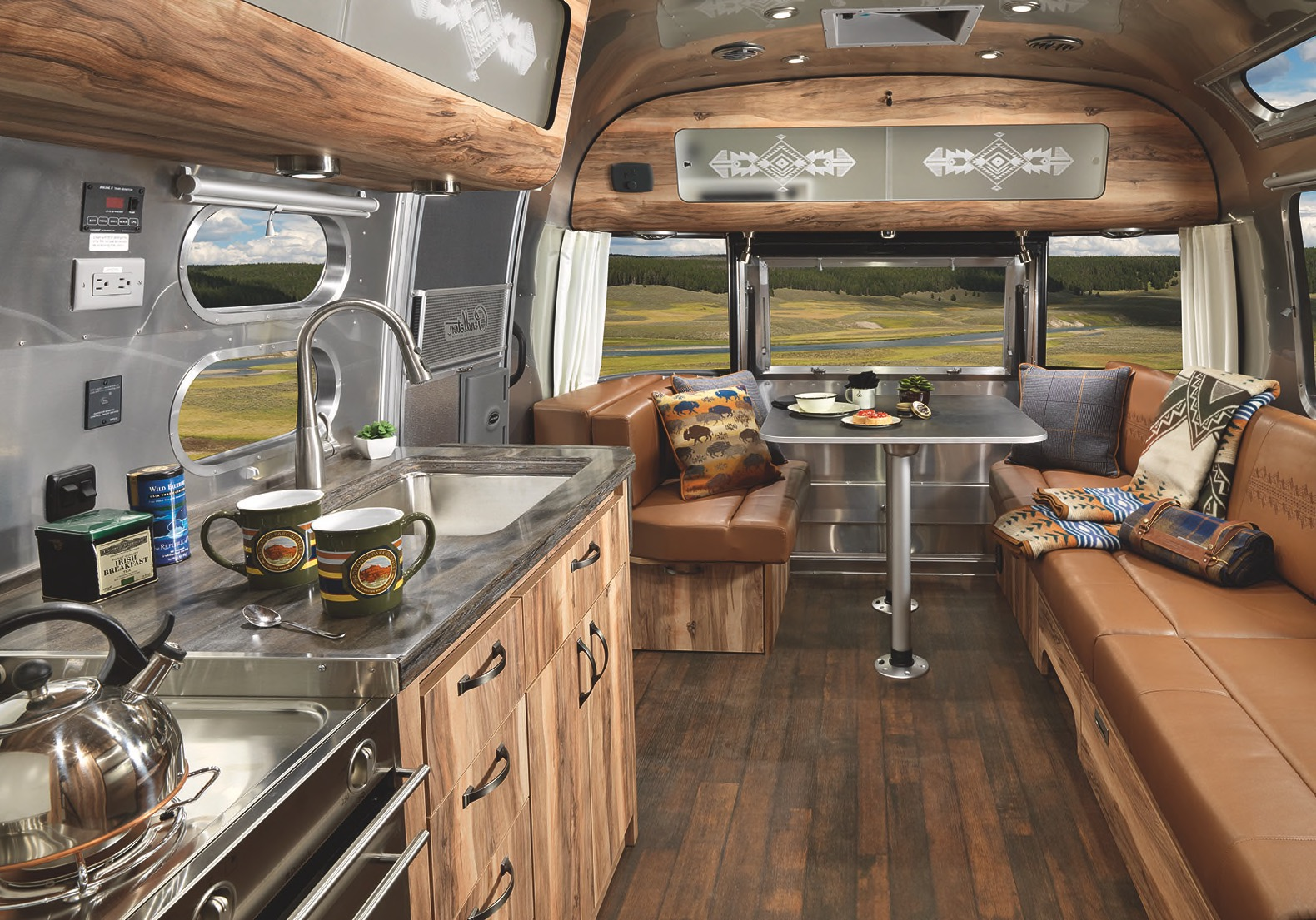 Travel Trailer, Mobile Home, Airstream, Pendleton, National Park Service,  National Park