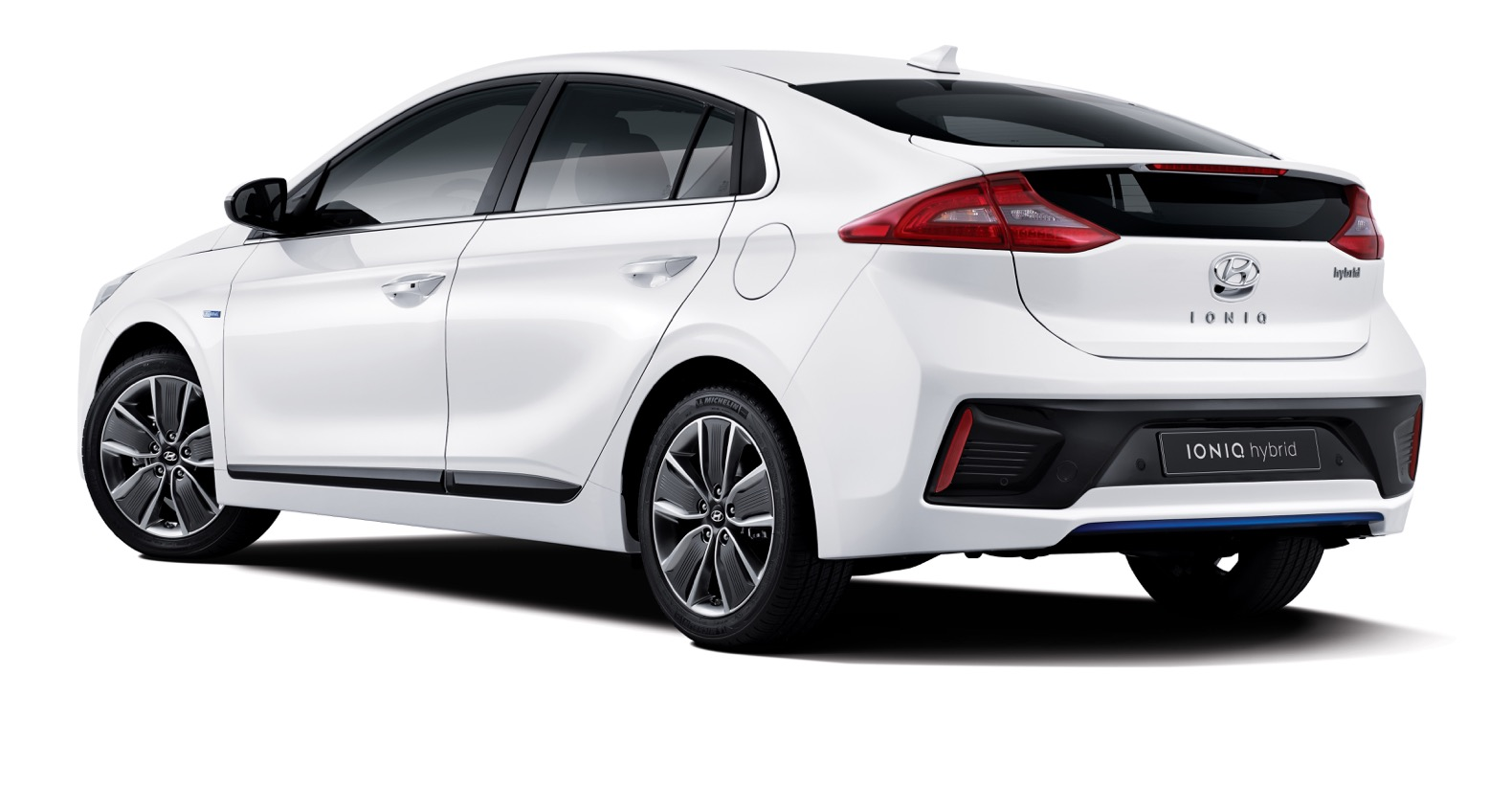 Hyundai S New Hybrid Ioniq Is The First Car To Take On Toyota Prius