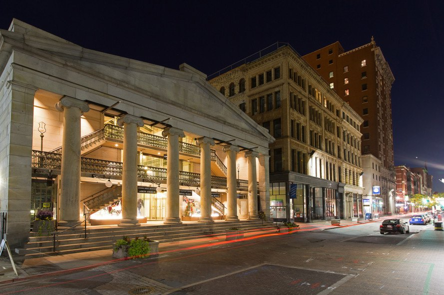 The Oldest Mall In America Now Hosts 48 Charming Low Cost