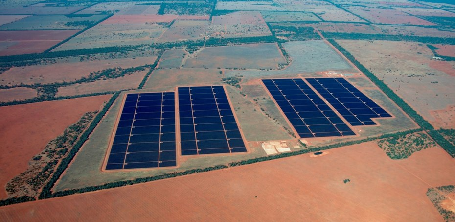 Two Solar Power Plants Usher In Quot The Birth Of Large Scale