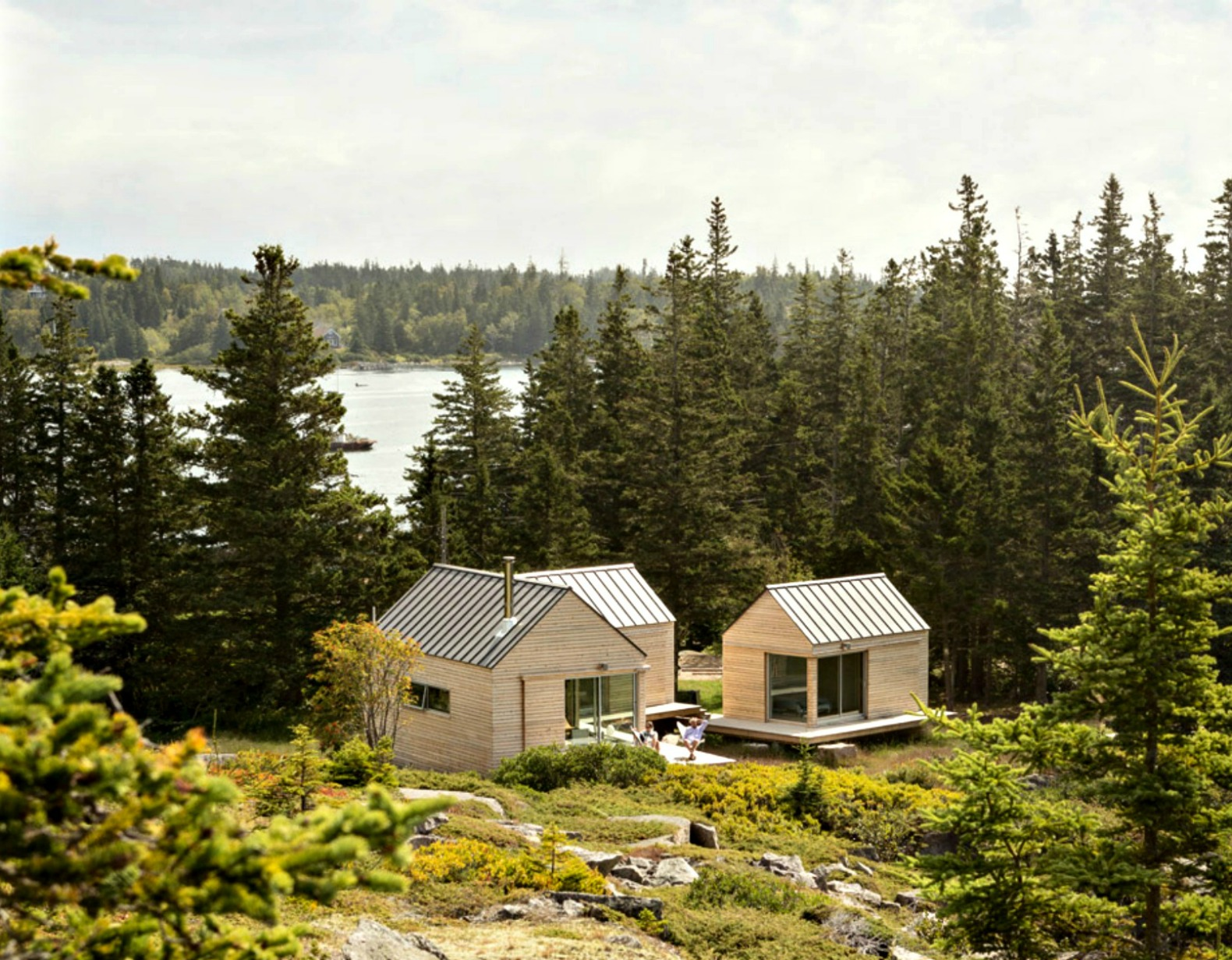 Three in one maine cabins take separate bedrooms to a for Building a house in maine