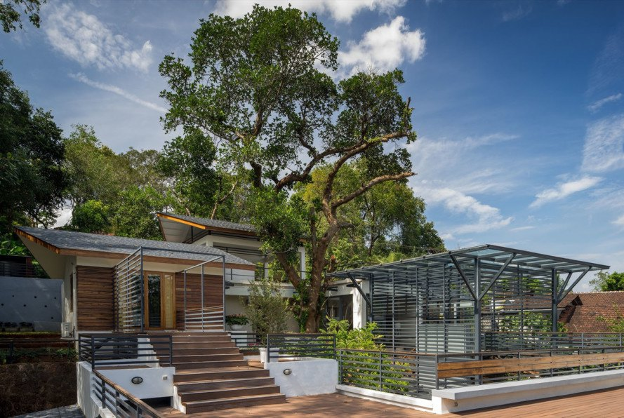 Rubber Soul architect, Goa India, courtyard, India architecture, wooden deck, private residence, green architecture, natural light