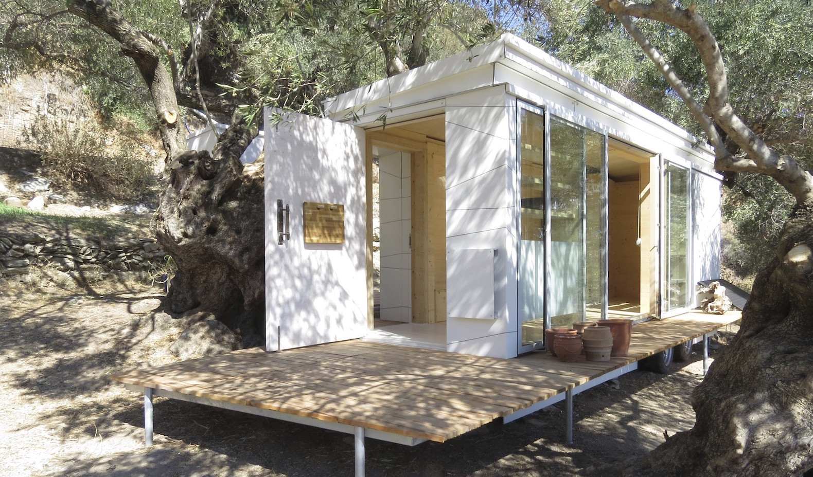 Off Grid Homes For Sale In Colorado - Tiny prefab home is a dreamy off grid retreat on the island of crete