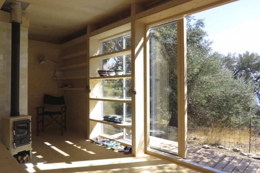 House on Wheels by Echo Living, Echo Living, House on Wheels, LEDs, composting toilet, off grid house, off grid cabin, mobile house, tiny home, tiny house, tiny off grid house, tiny mobile house, solar powered house, solar powered tiny house, eco cabin, prefab architecture