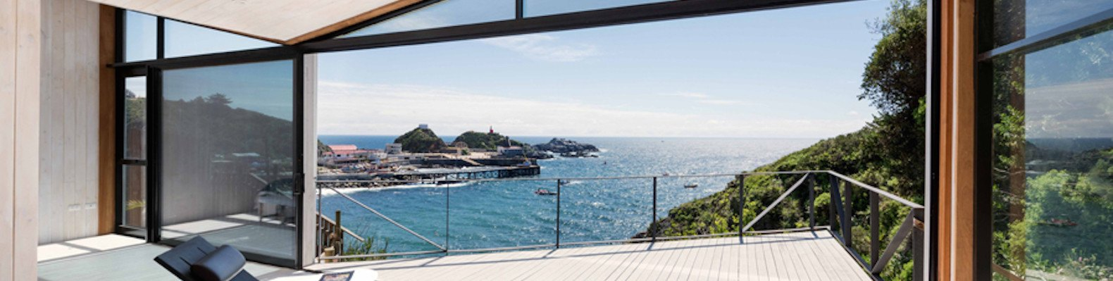Gorgeous minimalist home in chile overlooks jaw dropping views of the pacific ocean inhabitat green design innovation architecture green building