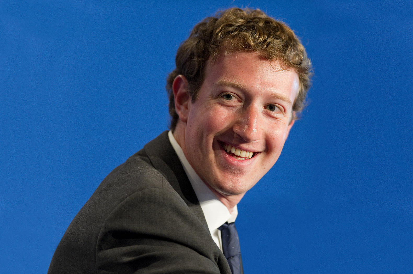 """Mark Zuckerberg is building a home AI system """"kind of like ..."""