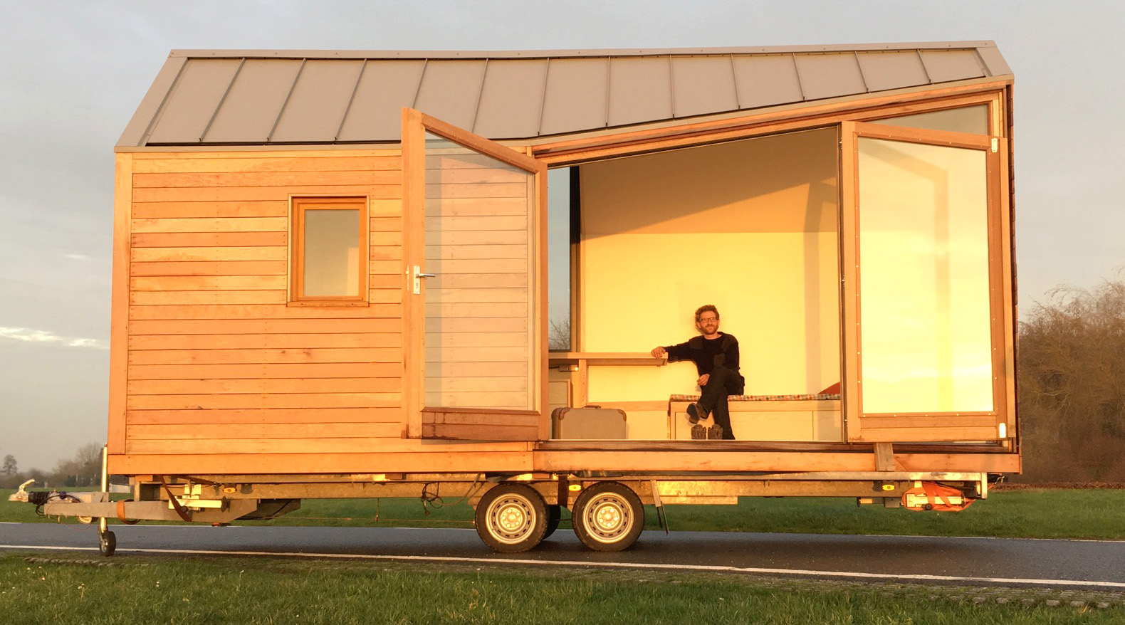 See Through Porta Palace Tiny Home U201cfeels Bigger Than Expectedu201d