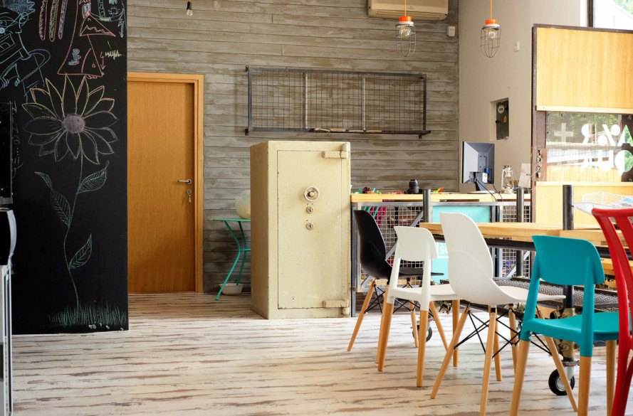 eco-friendly hostel, Belgrade arhitecture, green hostel, upcycling, upcycled materials, repurposed materials, rainwater collection, solar panels, renewable energy, low carbon footprint, green architecture