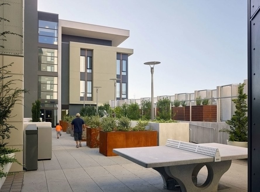 1180 Fourth Street, affordable housing, San Francisco, Mission Bay, Mithun-Solomon, Kennerly Architecture and Planning, Full Circle Architects, low-income housing, green architecture, common spaces, inner courtyard