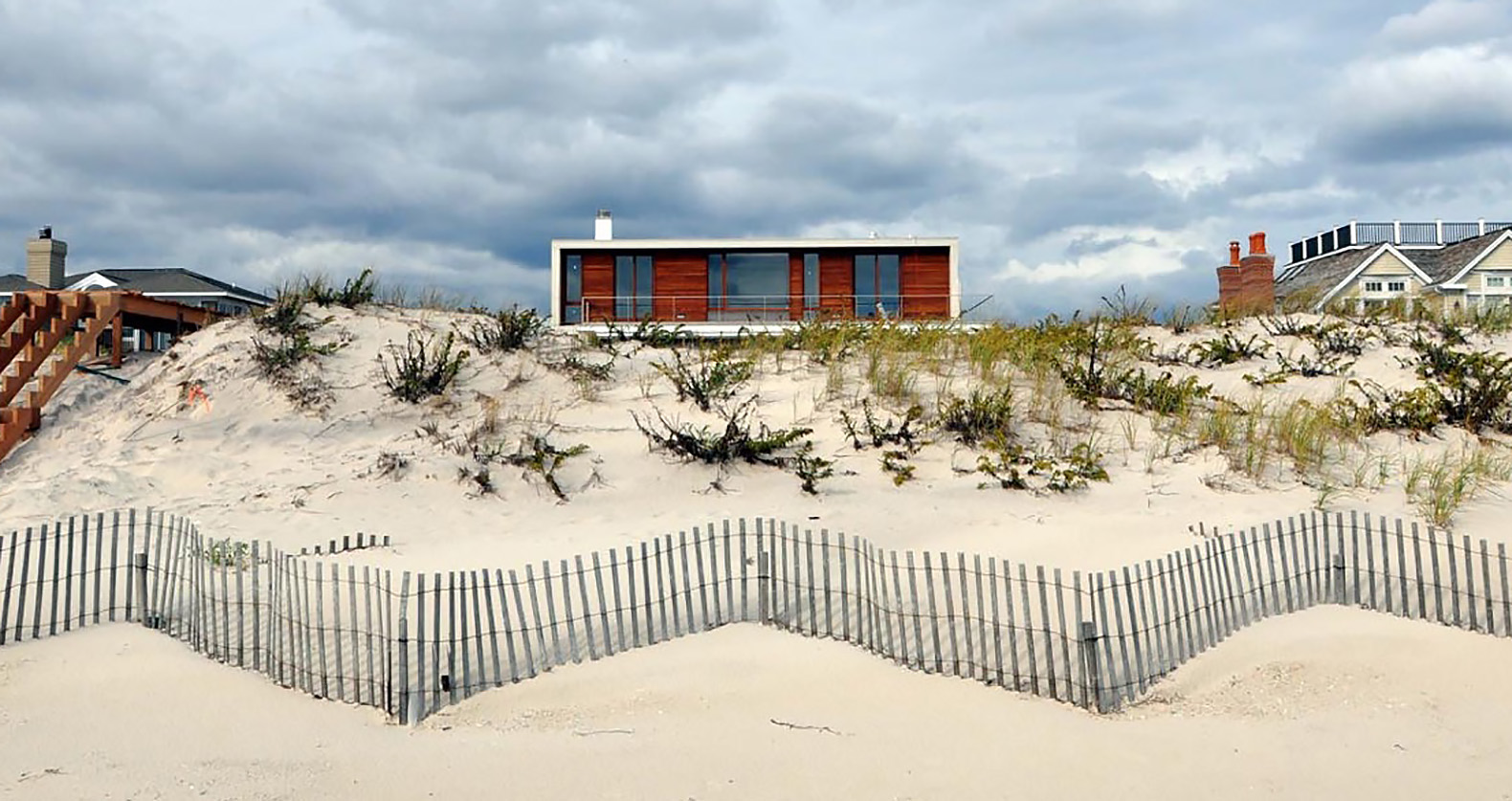 This Hamptons Beach House Is As Beautiful As It Is Weather Proof