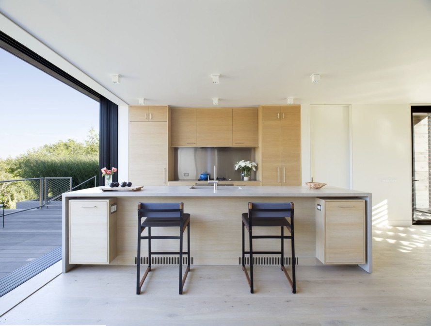 Amagansett Dunes, cottage, Bates Masi Architects, gardening and plants, natural ventilation, passive house, natural cooling, small house, operable windows