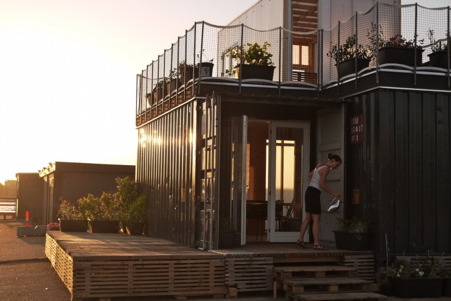 CPH Shelter, shipping container architecture, cargotecture, mobile home, affordable housing, Copenhagen architecture, Copenhagen, affordable housing gin Copenhagen, heat pump based heating, mobile architecture, upcycled architecture