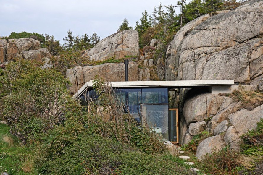 Cabin Knapphullet, Cabin Knapphullet by Lund Hagem, Lund Hagem, annex, seaside cabin, Sandefjord, concrete roof, acoustic ceiling, panoramic views, holiday home, suspended bed, natural sawn oak