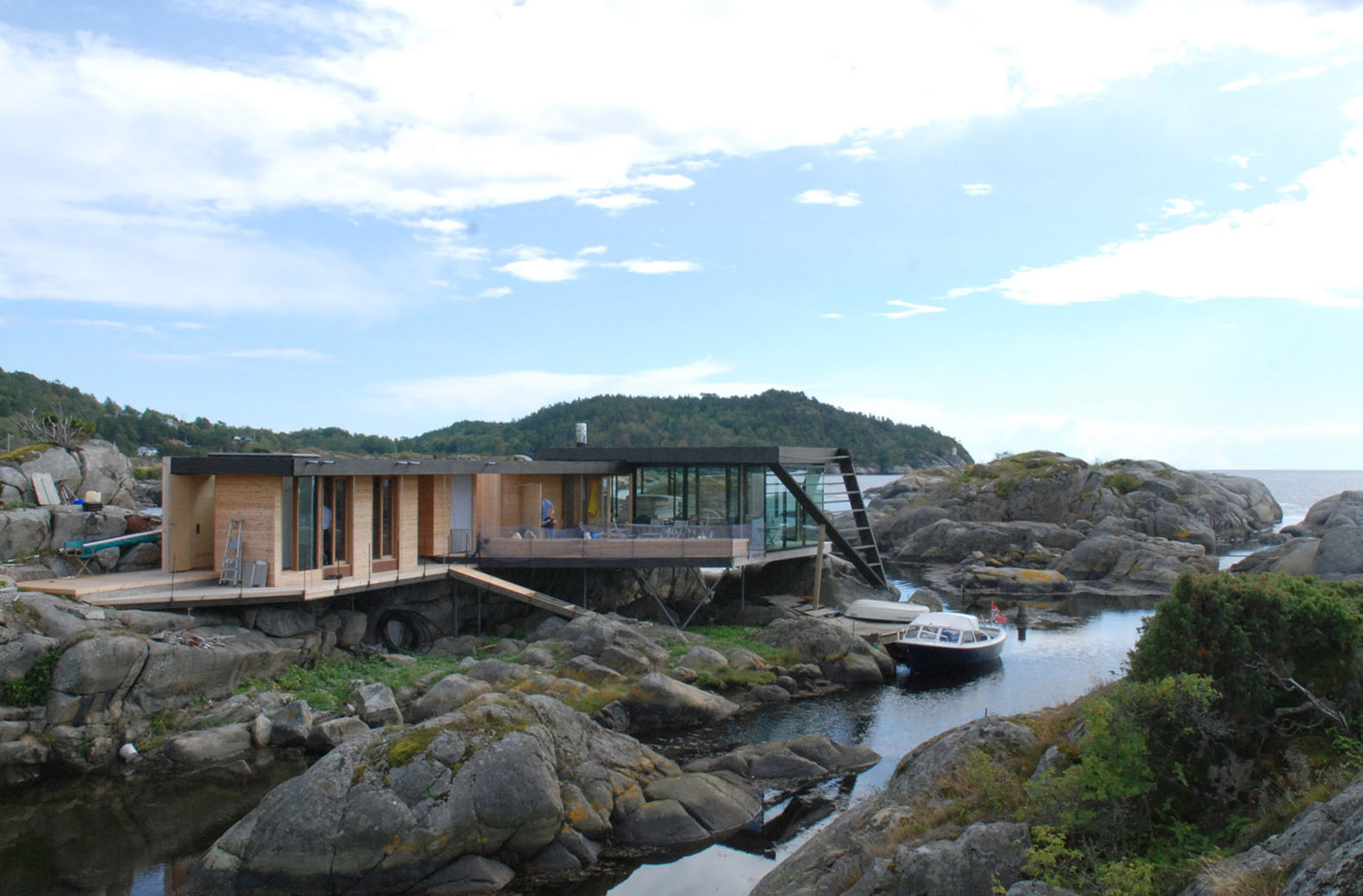 Tucked-away Norwegian island house on stilts is only