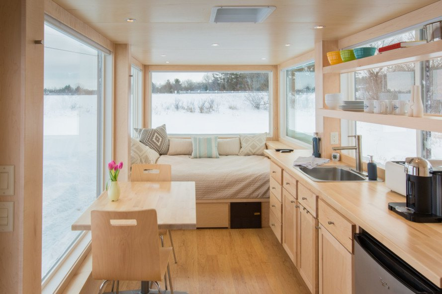 escape homes, vista, vista tiny home, escape vista travel trailer, tiny homes, portable homes, off-grid homes, rooftop solar power, home battery system, rainwater collection, gray water recycling