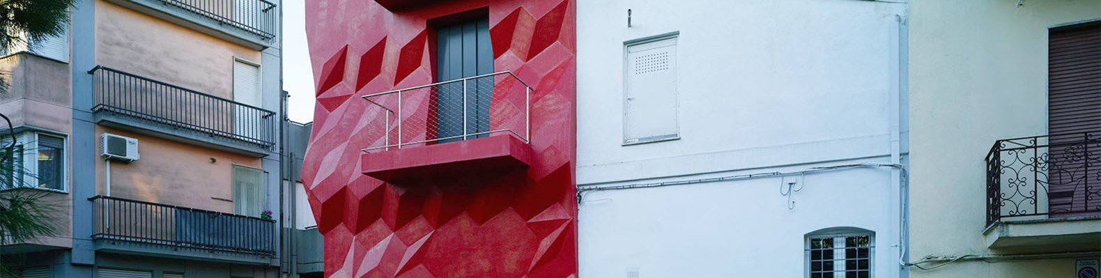 Gentle genius: bright red jeweled facade slashes Italian home\'s ...