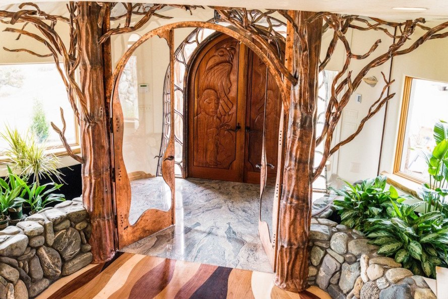 Shining Hand Ranch, Manzanita trees, geothermal heating, geothermal energy, geothermal cooling, solar heating, nature-inspired architecture,
