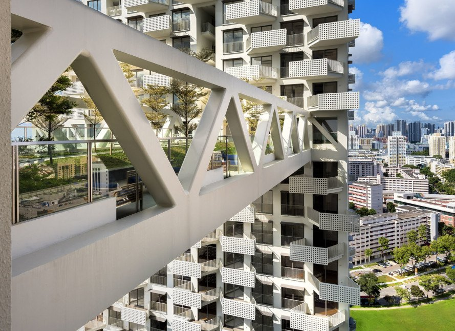 SkyHabitat, Safdie Architects, green tower, vertical living, natural ventilation, Singapore architecture, sky bridges, green architecture, communal spaces