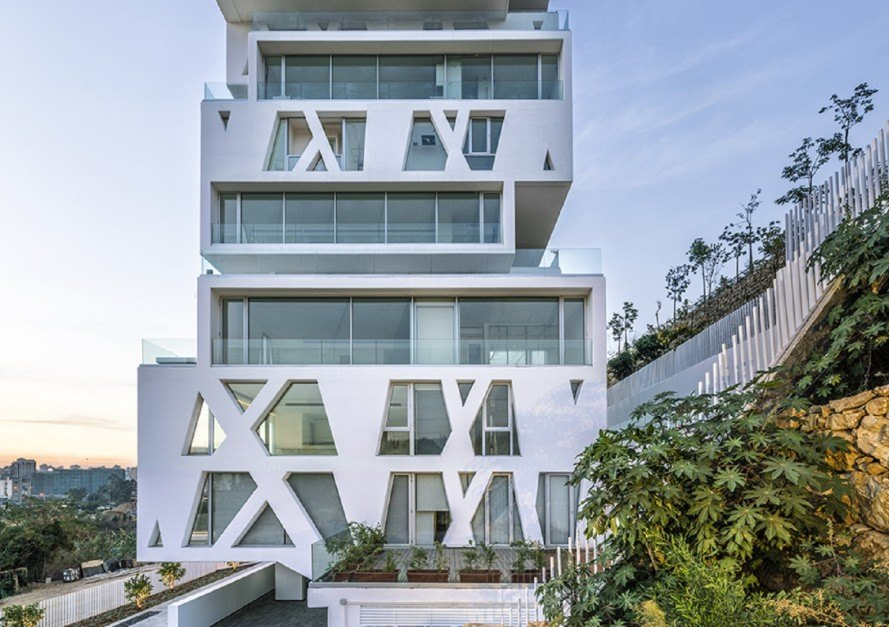 The Cube tower, Orange Architects, green tower, Beirut, panoramic windows, earthquake resistant, residential tower