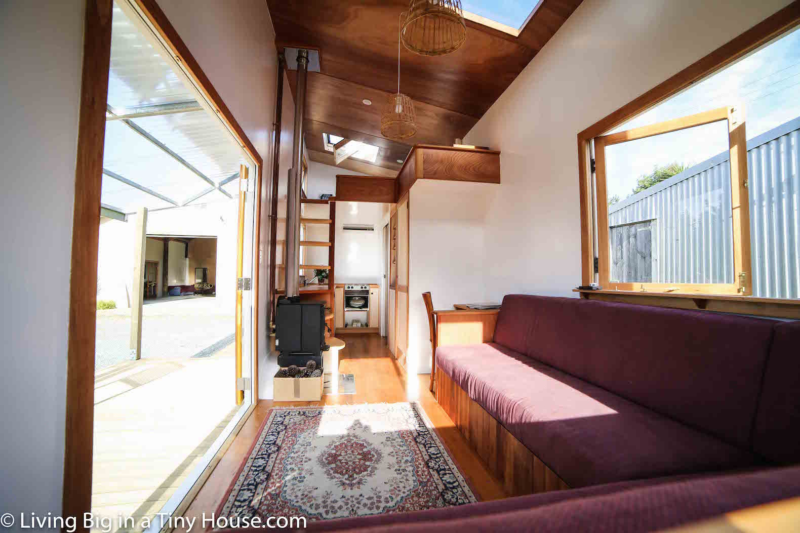 Tiny Home Designs: Luxurious Tiny Home In New Zealand Is Off-grid And 100