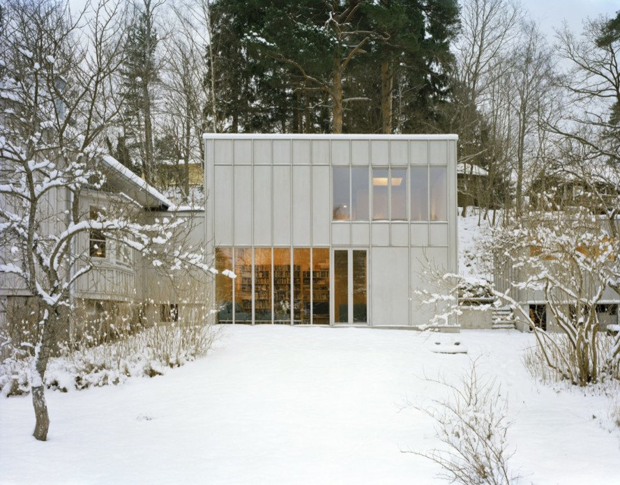 Kod Arkitekter, General Architecture, green renovation, renovated cottage, timber cottage, Stockholm, double-height space, plywood, green architecture