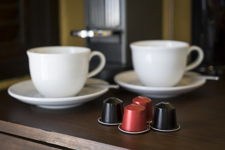 single use coffee pods, coffee pods, unrecyclable coffee pods, coffee made with coffee pods, coffee, photo of coffee pods,