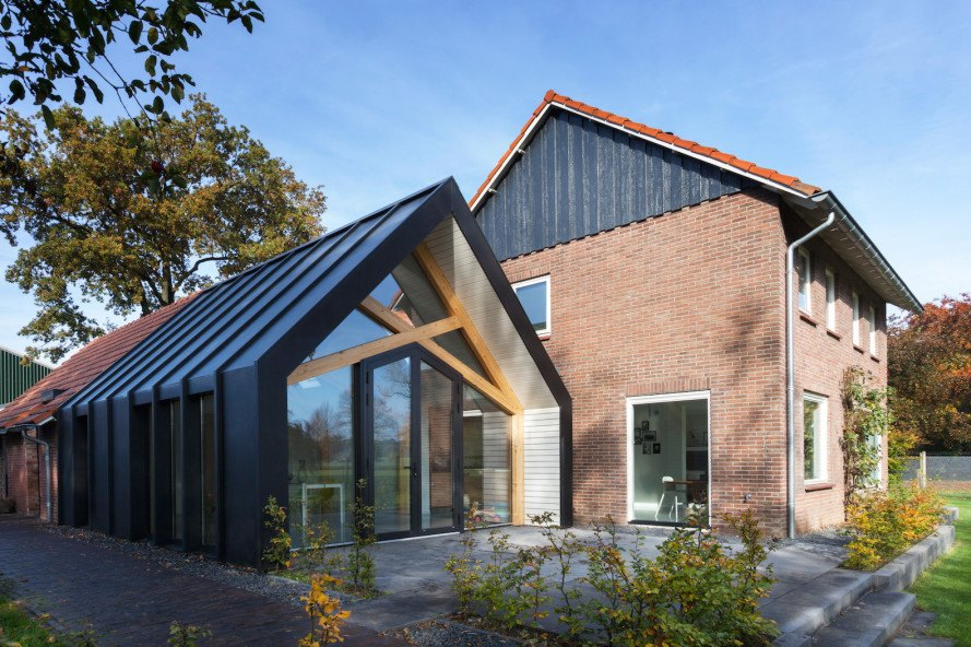 Barn Living Aalten by Bureau Fraai, the Netherlands, farmhouse renovations, metal-clad gabled architecture, Aalten architecture