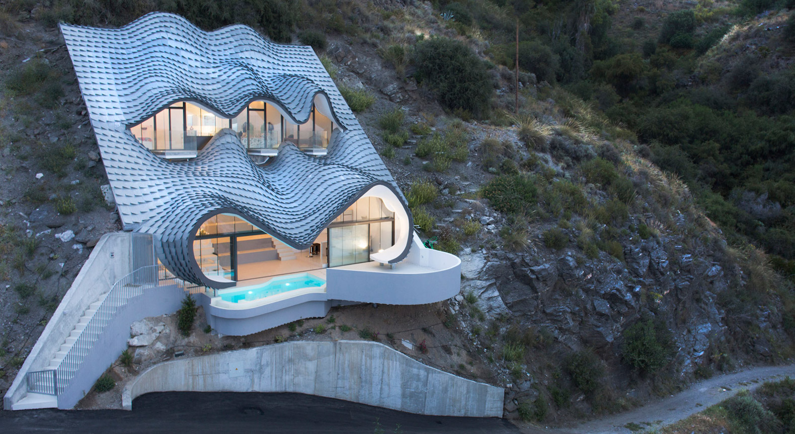 Amazing Dragon Inspired Cliff House In Spain Uses The Earth To Stay Cool