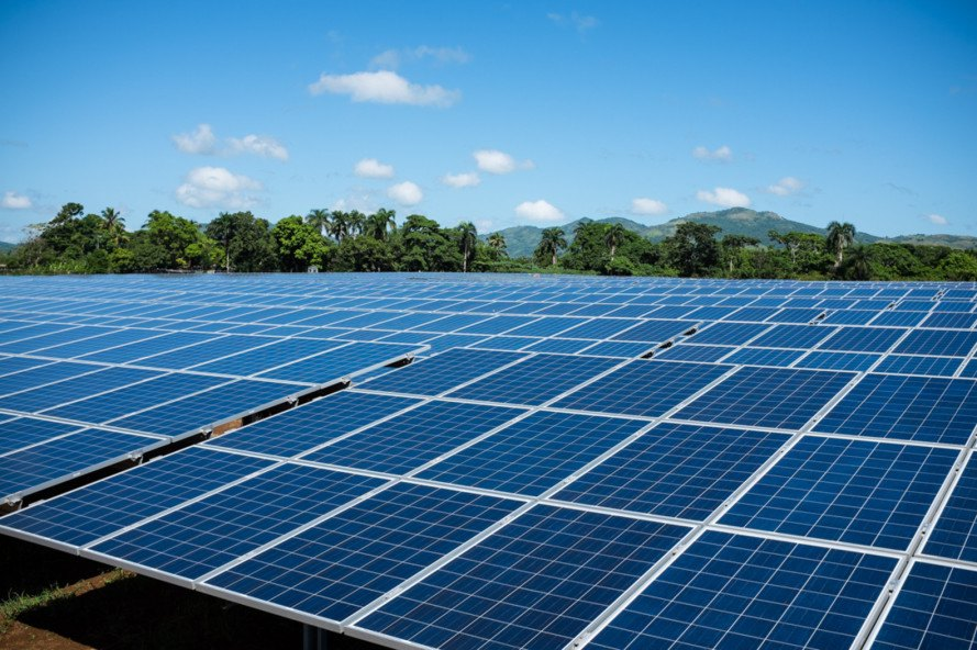 dominican republic, monte plata, huge solar array, Caribbean, dominican solar power capacity, Phanes Group solar in the Dominican Republic, largest solar array in caribbean,, Phanes Group, solar power in the Caribbean