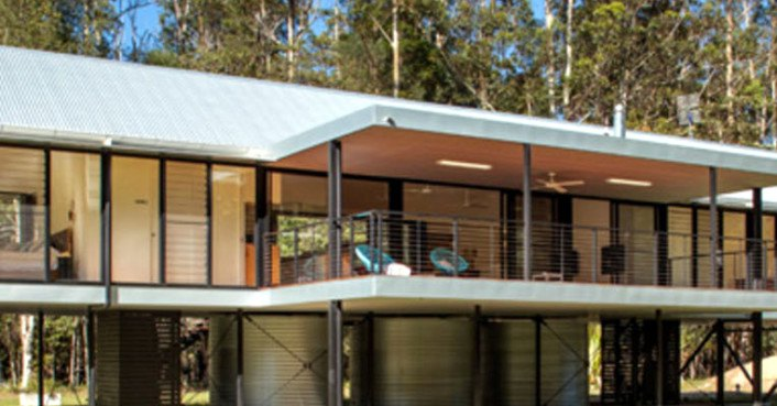 Self-sufficient Platypus Bend House was built to float above torrential flooding