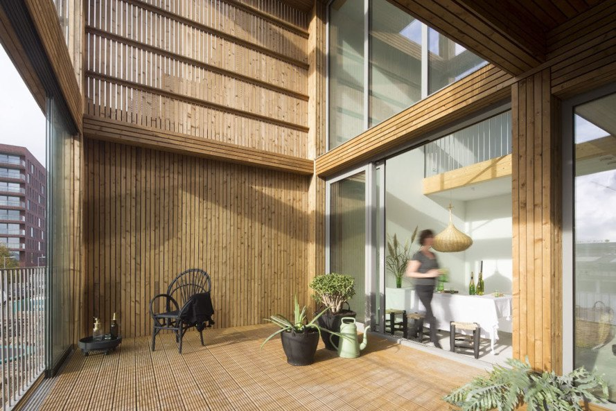 ANA architects, Houtlofts, Amsterdam, wooden structure, prefab housing, energy-efficient house, green architecture, solar panels, prefab housing, laminated wood